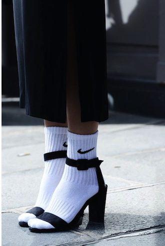 chaussettes-de-sport-look-street-style