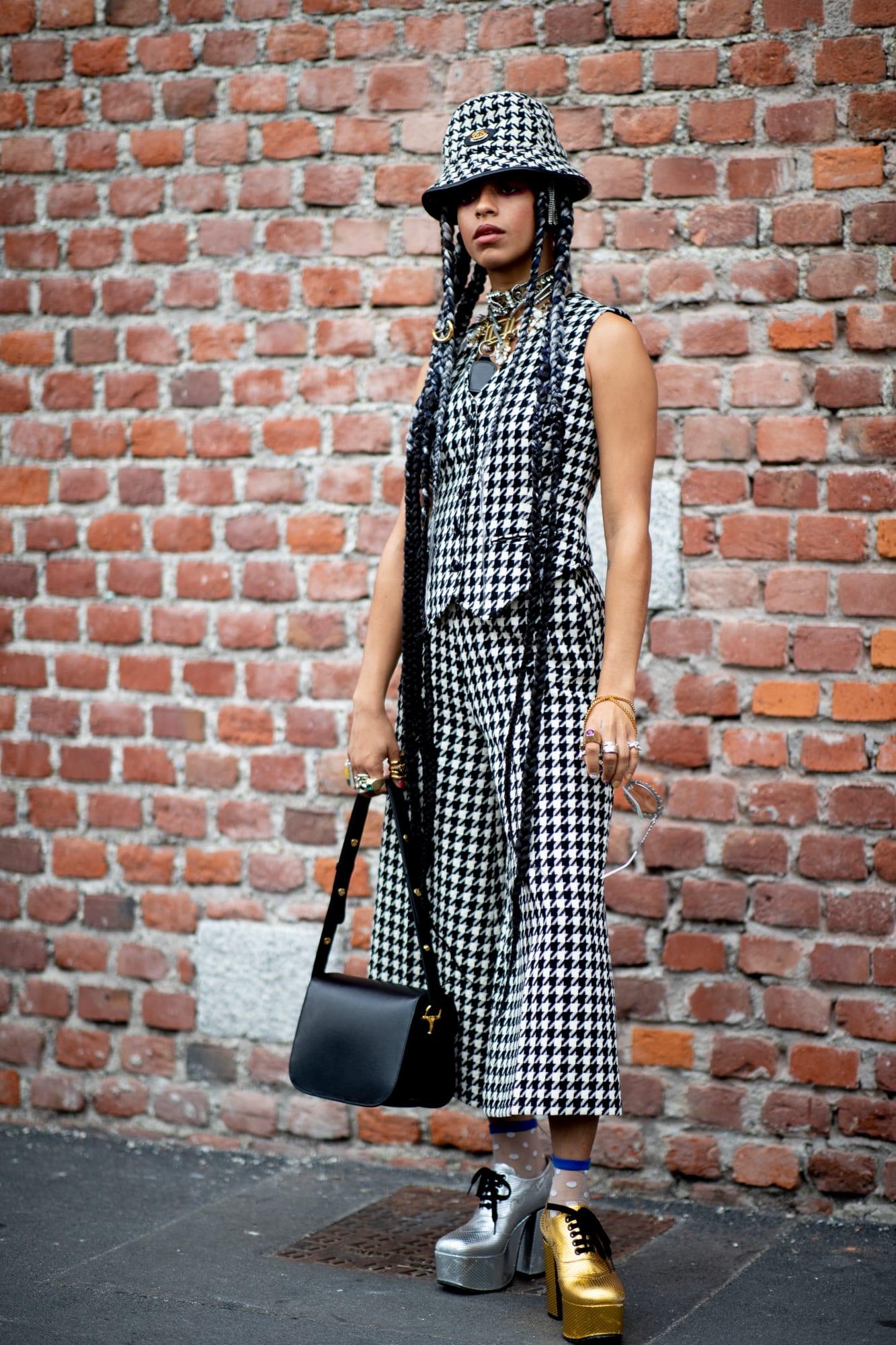 milan-fashion-week-spring-2020-street-style-day-5-33