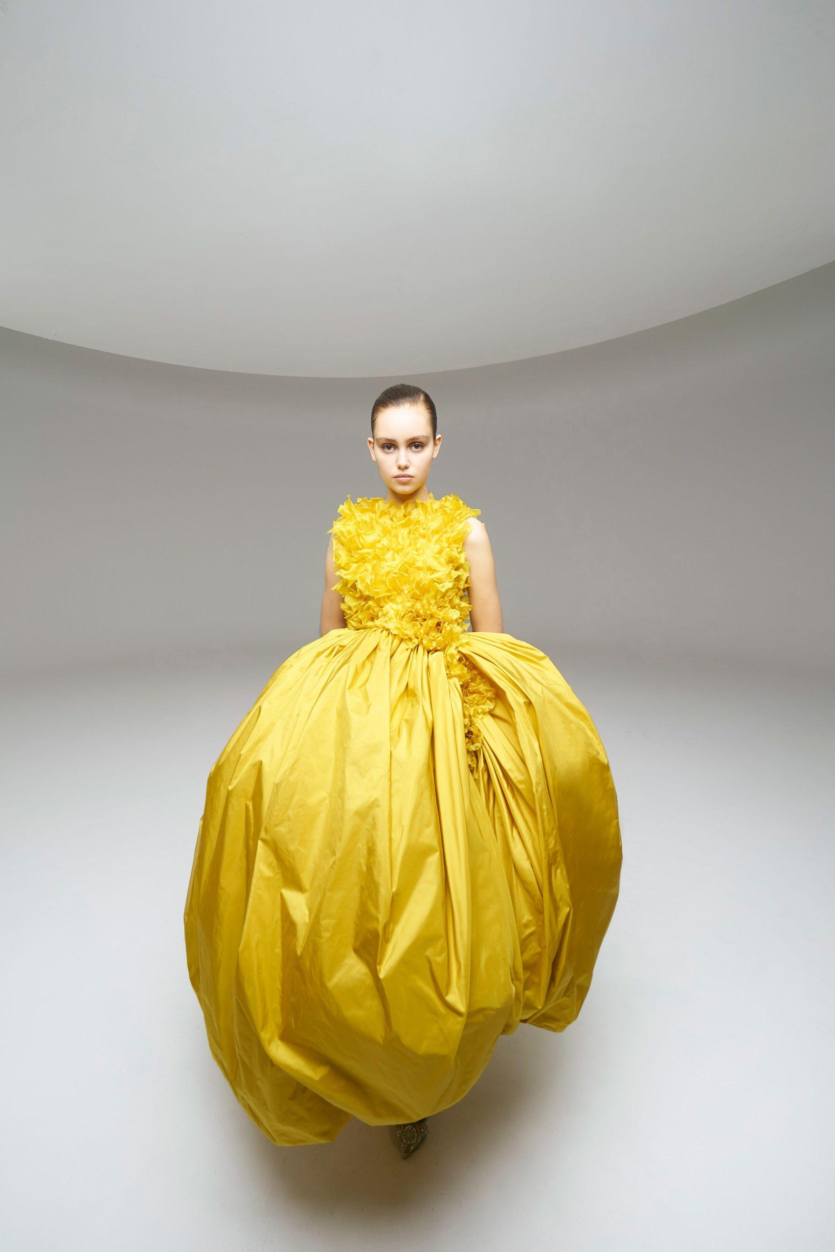 00008-Giambattista-Valli-Couture-Spring-2020-credit-Giambattista-Valli