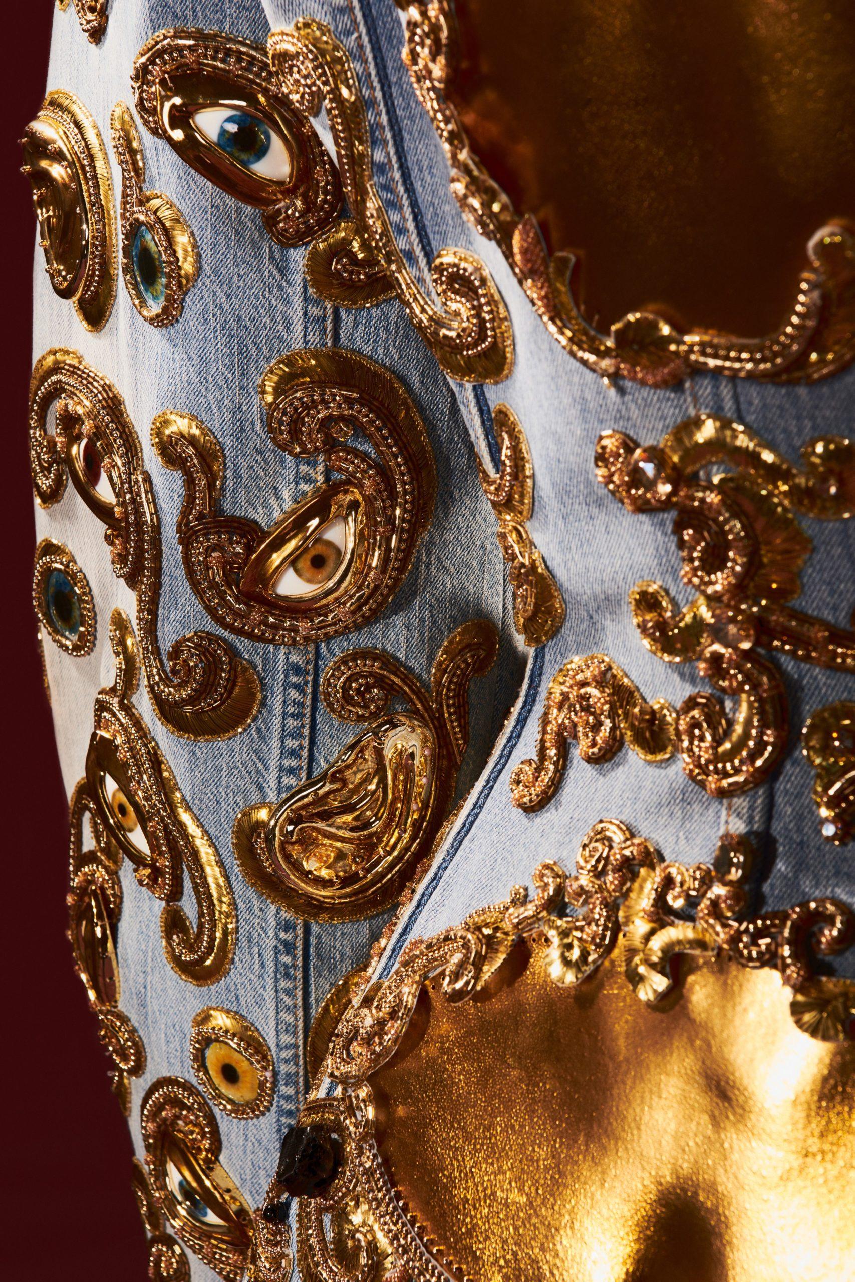 00009-Schiaparelli-Details-Couture-Fall-21-credit-Daniel-Roseberry-brand