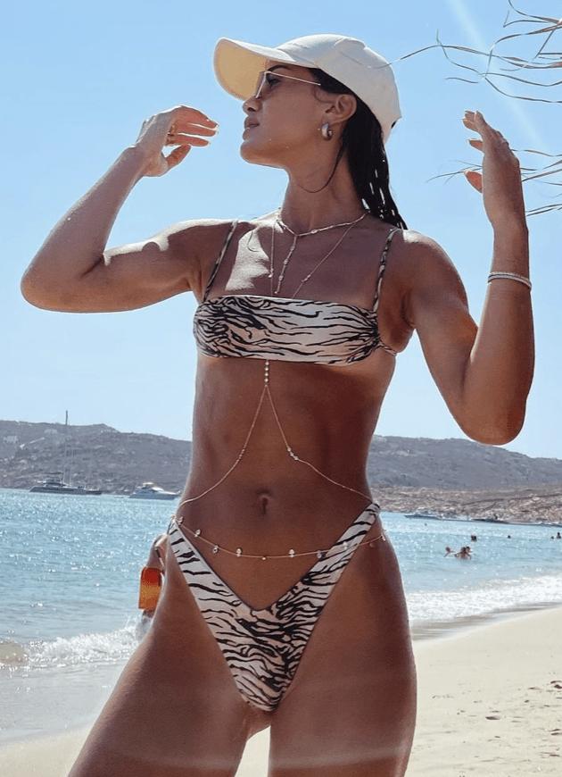 @camilacoelho